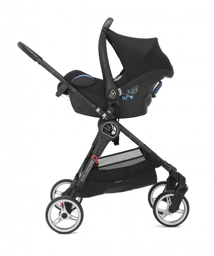 Baby Jogger City Mini 4 mit Autoschale