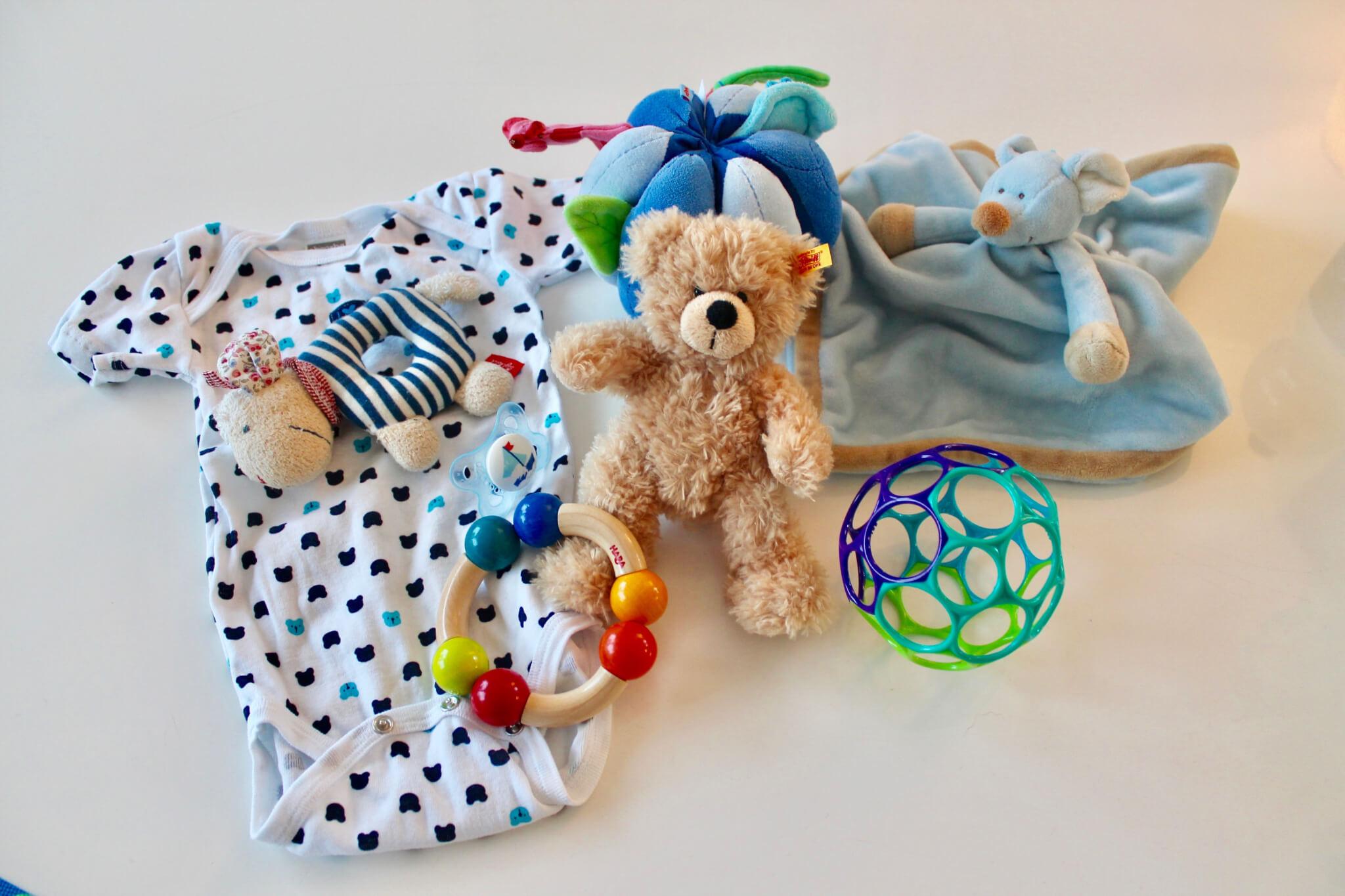 geschenke zur geburt die besten geschenke f r babys und. Black Bedroom Furniture Sets. Home Design Ideas