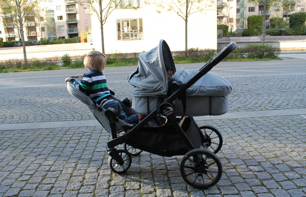 Baby Jogger City Select LUX Kinderwagen im Test