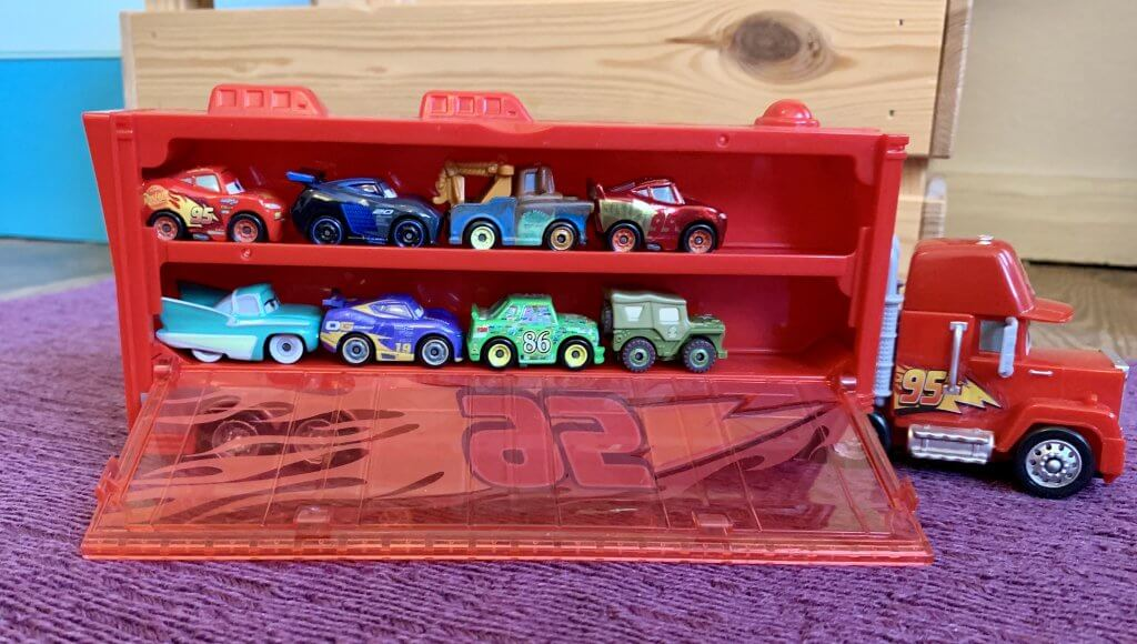 Disney Cars Mini Racer